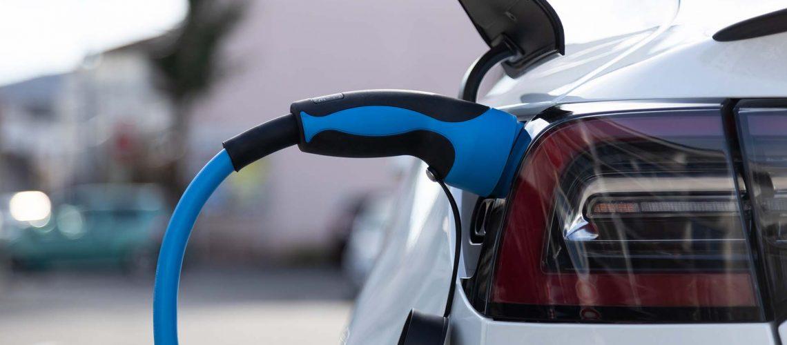 Opnieuw-verhoging-bijtelling-emissieloze-auto